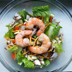 Healthy Salad with Shrimp