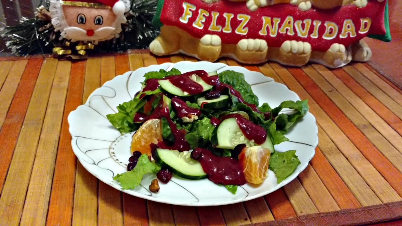 Berry Christmas Salad! – Vegan Recipes!