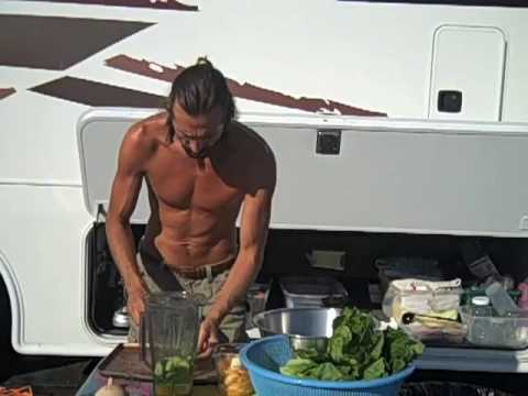 Living Green Salad Recipe! Fruit Salad Dressing Recipes! Raw Food Magazine: Vibrance!