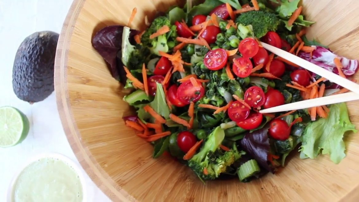 """What I'm Eating For Dinner – """"The Anti-Cancer Salad """""""