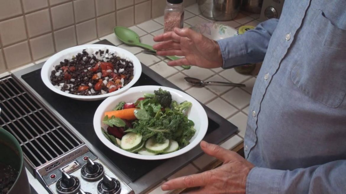 "Vegan Salad — Dr. Esselstyn — ""no oils,….No Oils…….NO OILS """