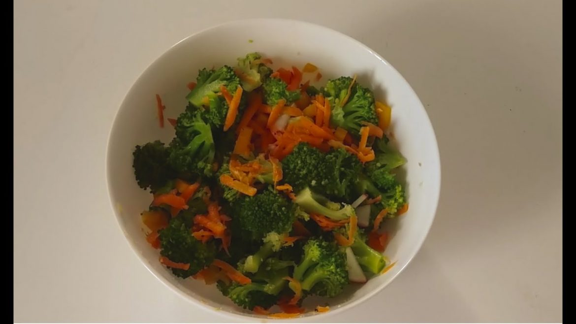 Vegan Broccoli Salad in 11 Minutes